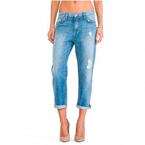 Boyfriend-fit-jeans.jpg