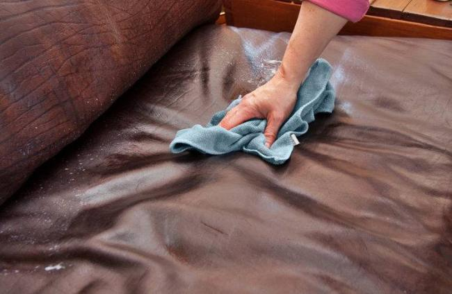 Tips-on-cleaning-leather.jpg