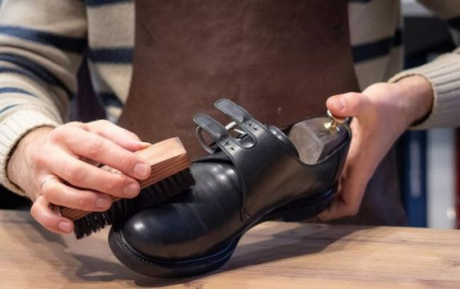 Uhod-za-zamshevoy-obuvyu-2.jpeg