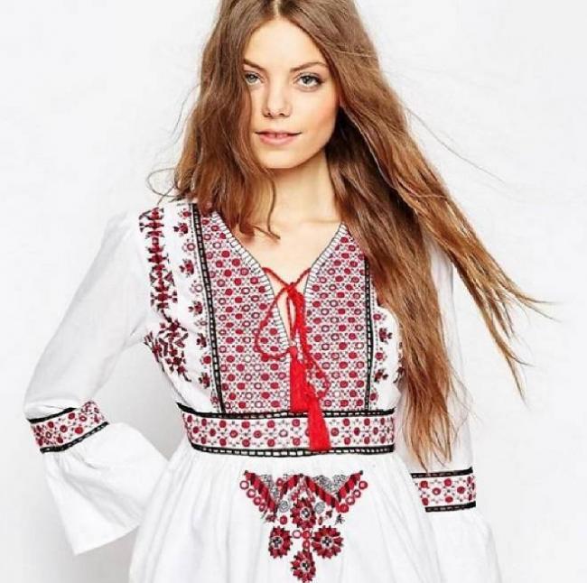 Sovremennaya-odezhda-v-russkom-stile-4.jpg