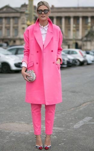 rozovoe-palto-s-chem-nosit4.jpg