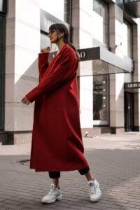 кардинал-цвет-в-одежде-200x300.jpg