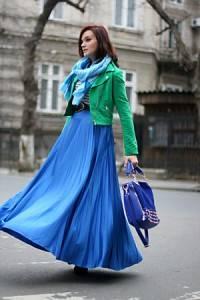 green-cropped-h-m-jacket-blue-gold-detailing-oasap-bag-200x300.jpg