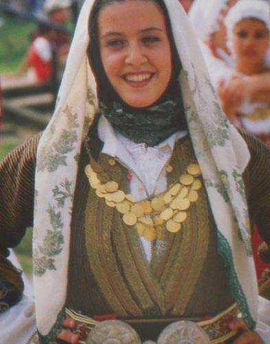 grecheskij-nacionalnyj-kostyum-40.jpg