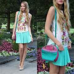 1473060837_how-to-wear-a-mint-pleated-skirt.jpg